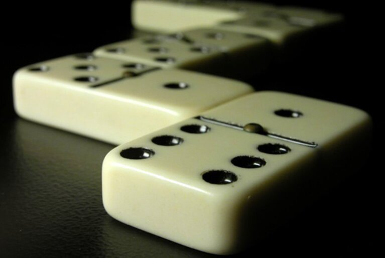 Dominoes 1 767 515