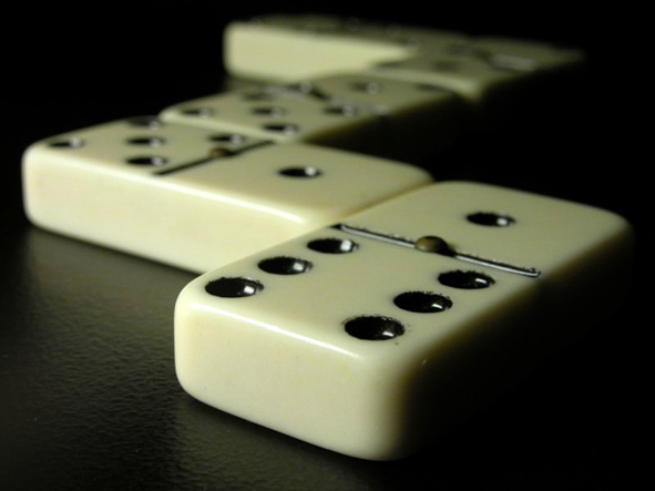 Dominoes 1 1024 2500
